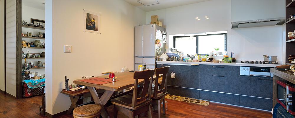 実家を二世帯住宅へ。 1階はバリアフリーで安全に、2階は眺望のよさを生かす