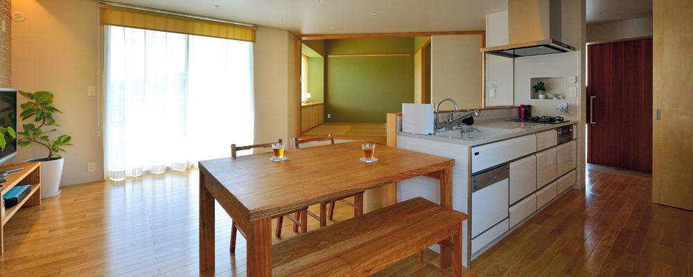 畑の風景が楽しめる、家事のしやすい家