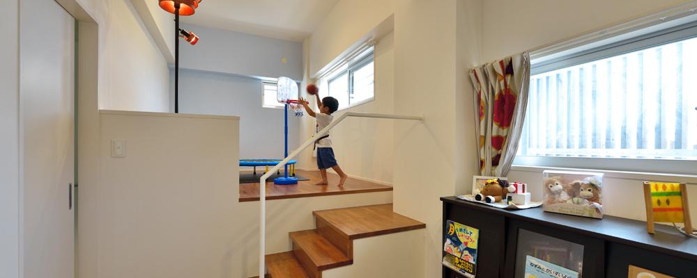 家事・育児が楽しくなる 仕掛けがいっぱいの家