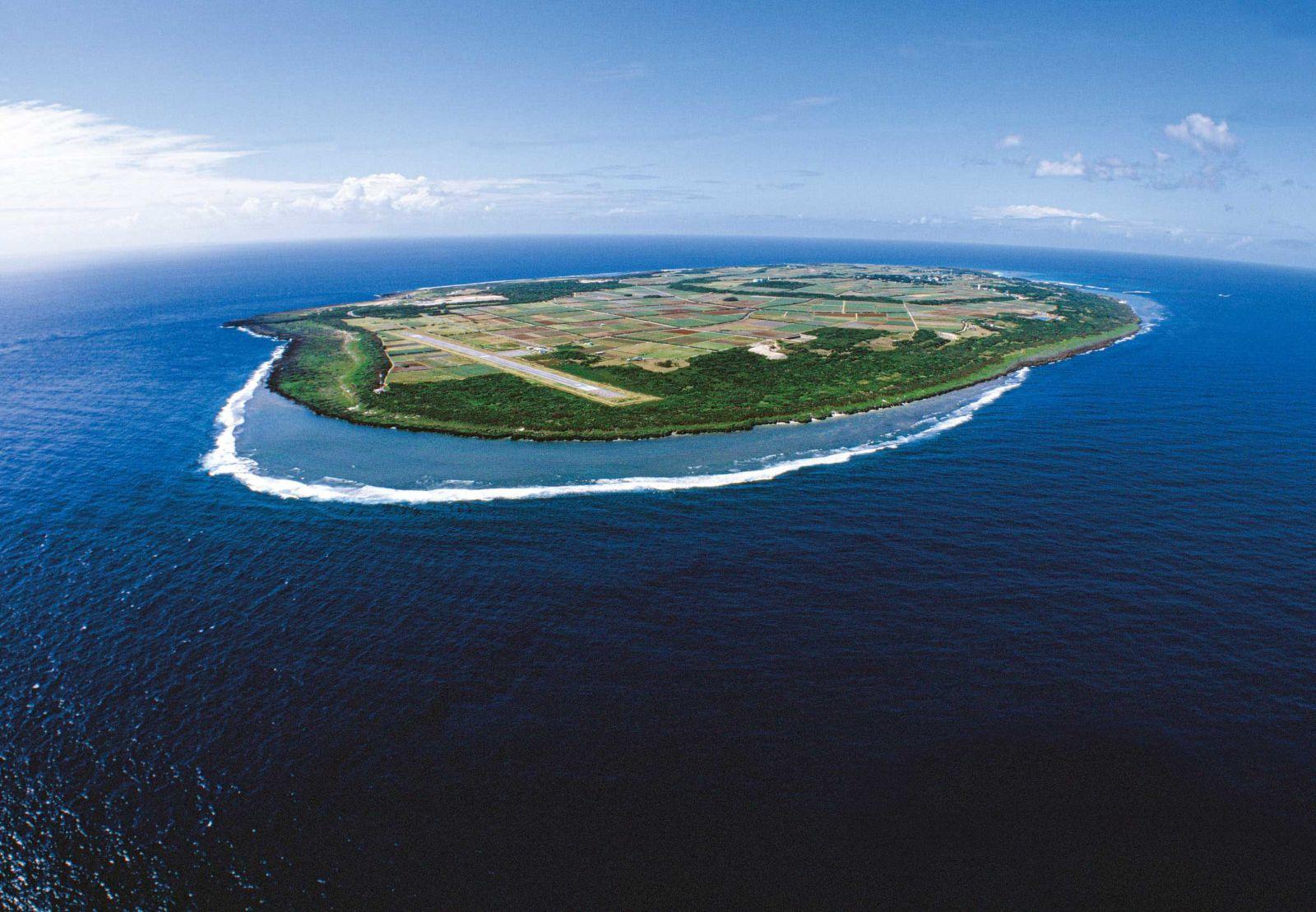 空中散歩「天空から眺める美ら島風景」  第49回