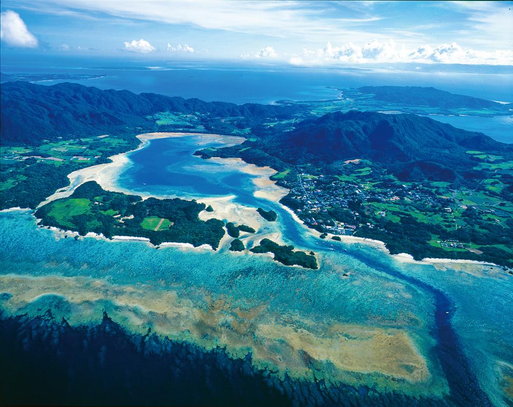 空中散歩「天空から眺める美ら島風景」  第41回