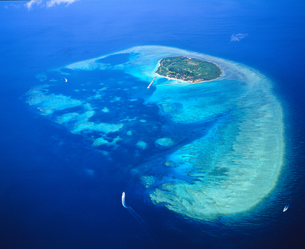 空中散歩「天空から眺める美ら島風景」  第45回
