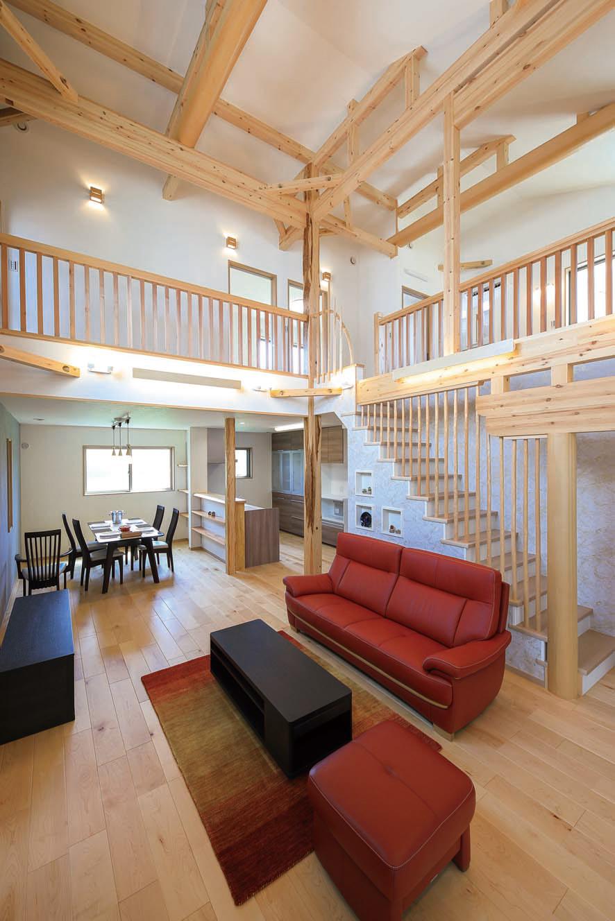 伝統工法に現代の技法を融合し、沖縄の気候に強い木造建築を追究した未来を愉しむ住まいづくり